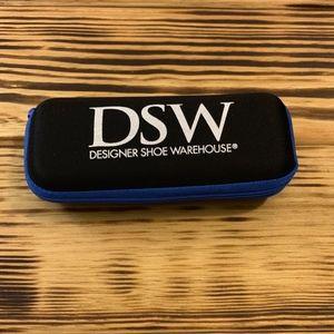 DSW Umbrella with case